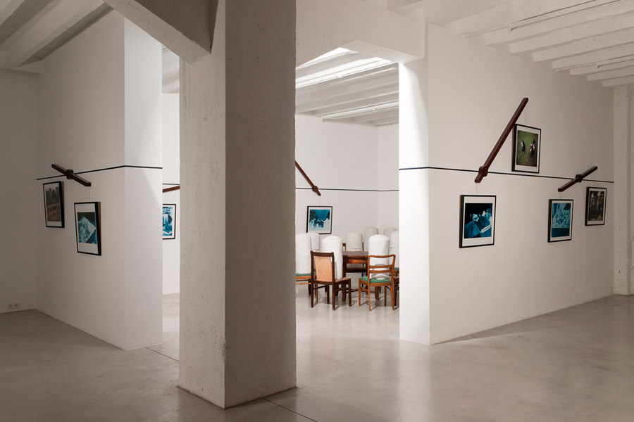 Yuri Leiderman: Visions of Hans Castorp, exhibition view, Galerija Gregor Podnar, Berlin, 2010. Photo: Marcus Schneider