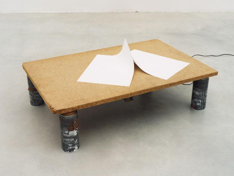 L'angoisse de la page blanche, paper, wood, electric motor, spray cans, 65 x 55 x 20 cm, 2007