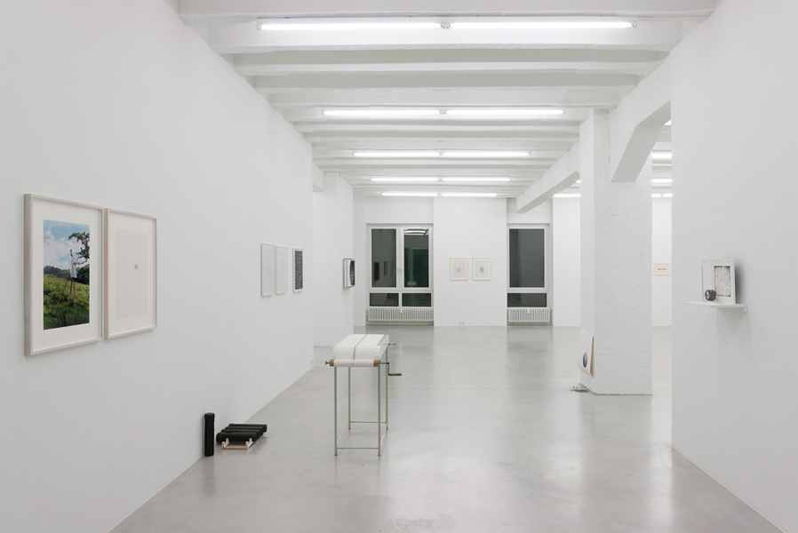 Cimento dell'armonia e dell'invenzione / The Drawing Machines, exhibition view, Galerija Gregor Podnar, Berlin, 2010. Photo: Marcus Schneider