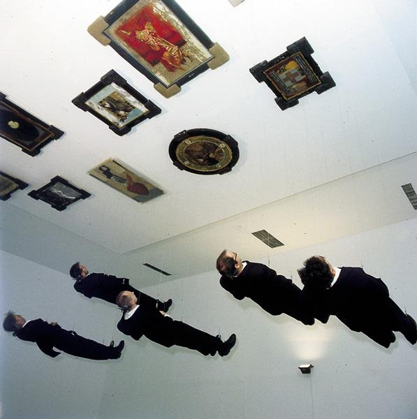 IRWIN Live, installation/performance at CCA, Warsaw, 1998. Guest artist: Zbigniew Libera