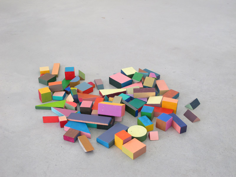 Untitled (Klocki), acrylic on wood and steel cubes, variable dimensions, 2011