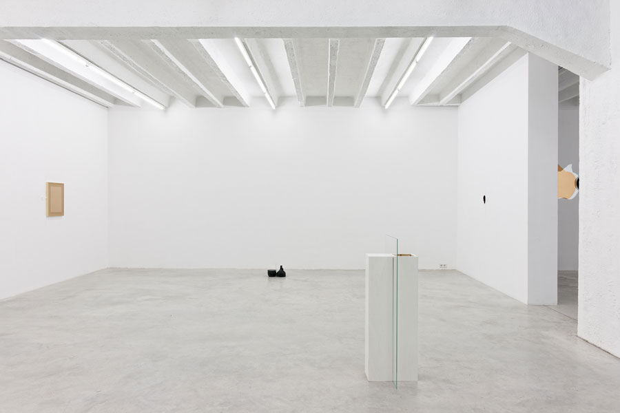 Goran Petercol: Common Places, exhibition view, Galerija Gregor Podnar, Berlin, 2013. Photo: Marcus Schneider
