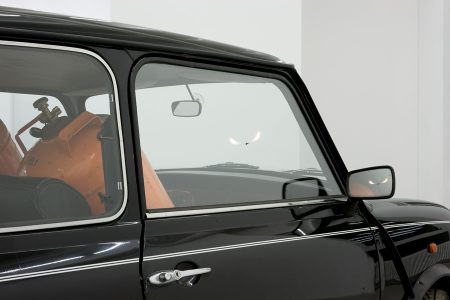 A Car full of Gas, detail, Mini Cooper, two gas tanks, 340 x 140 x 135 cm, 2009