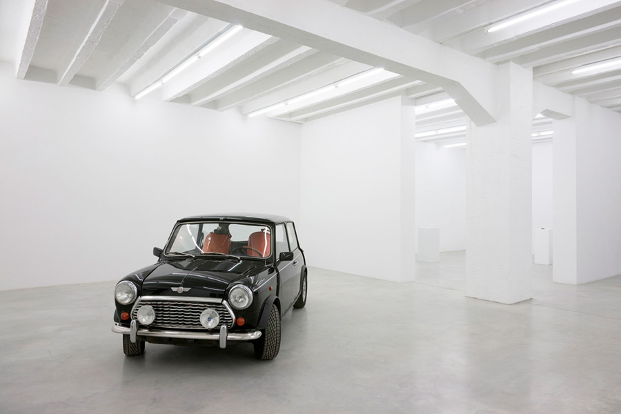 Ariel Schlesinger: Reverse Engineering,  exhibition view, Galerija Gregor Podnar, Berlin, 2010. Photo: Marcus Schneider
