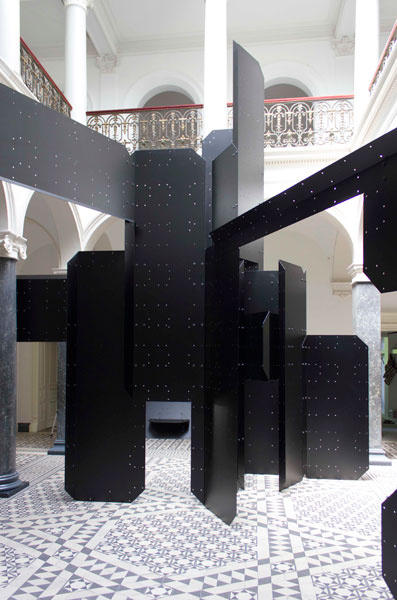 Apartment/HK, powder coated aluminum, variable dimensions, 2011. Exhibition view at Villa Merkel, Esslingen