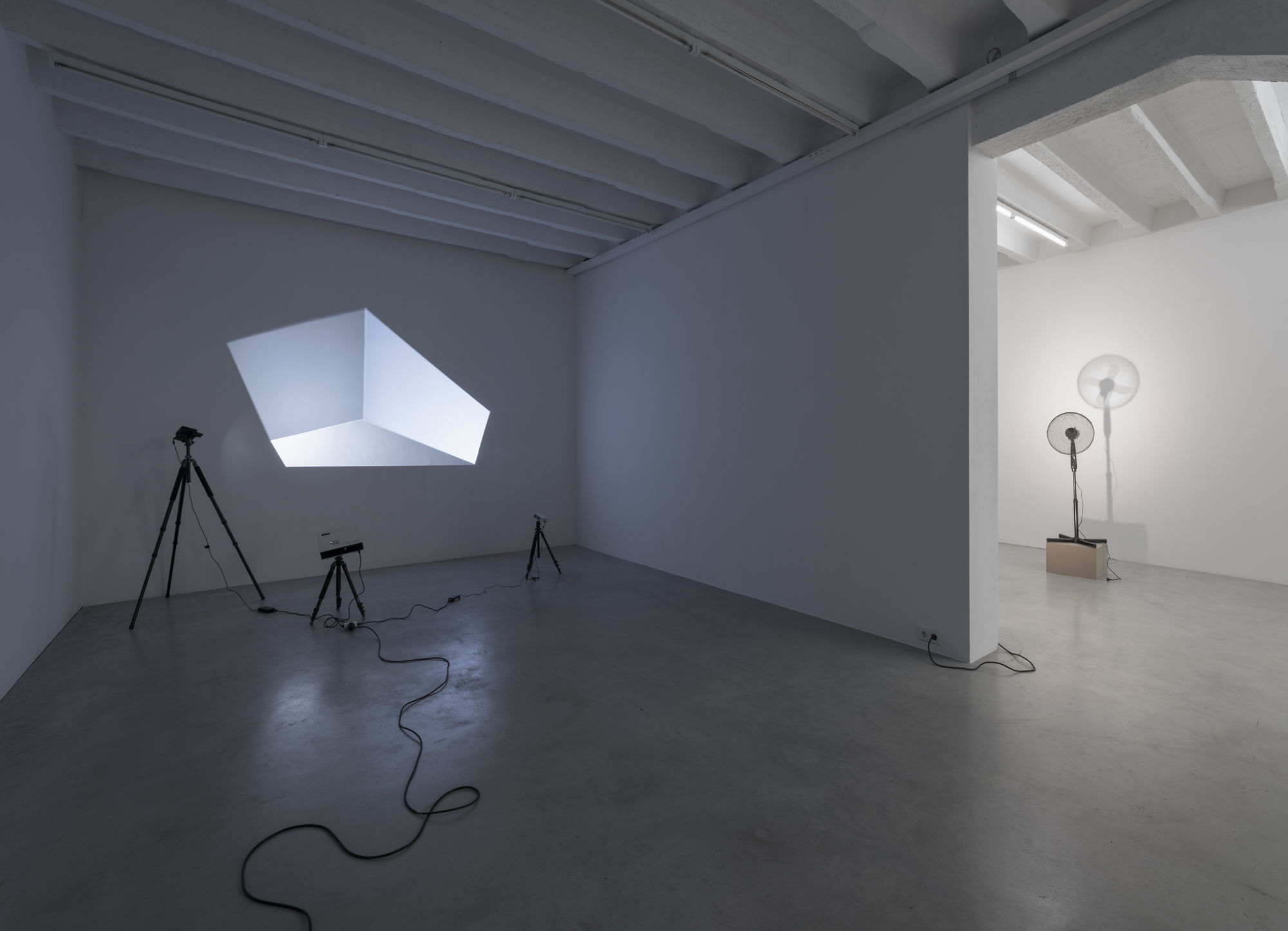 Vadim Fishkin, Light Solidarity, exhibition view at Galerija Gregor Podnar, Berlin, 2017. Photo: Marcus Schneider