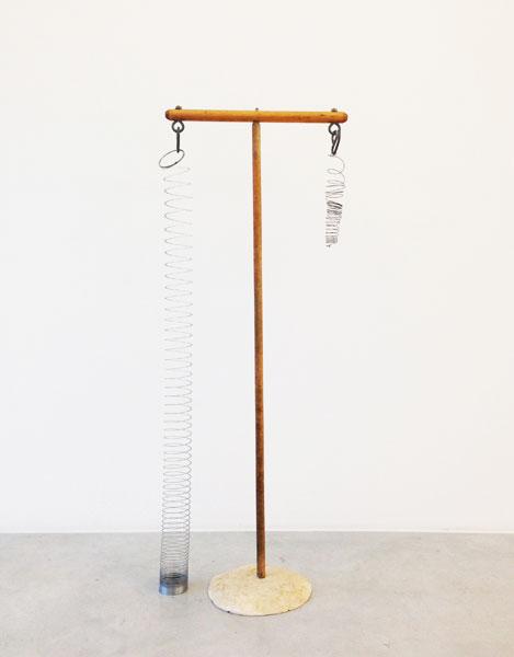Comparison, wood, wire,