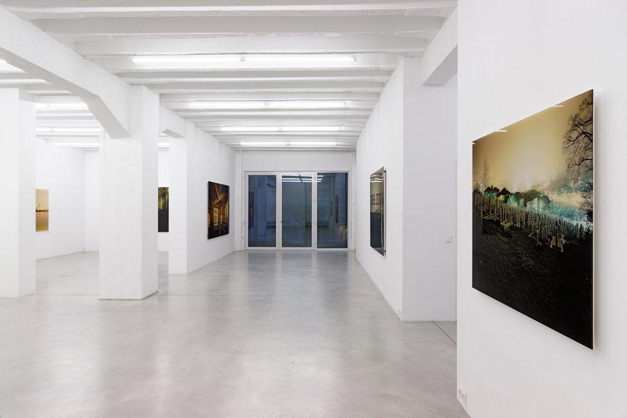Primož Bizjak: Hotel Bristol, exhibition view, Galerija Gregor Podnar, Berlin, 2014. Photo: Marcus Schneider