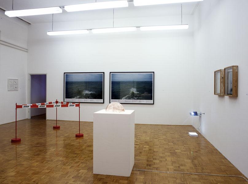 Venture II, exhibition view, Galerija Gregor Podnar, Ljubljana, 2006