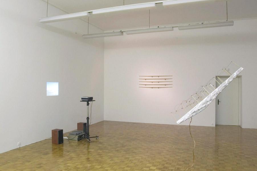 Christian Frosi: Switch, exhibition view, Galerija Gregor Podnar, Ljubljana, 2005