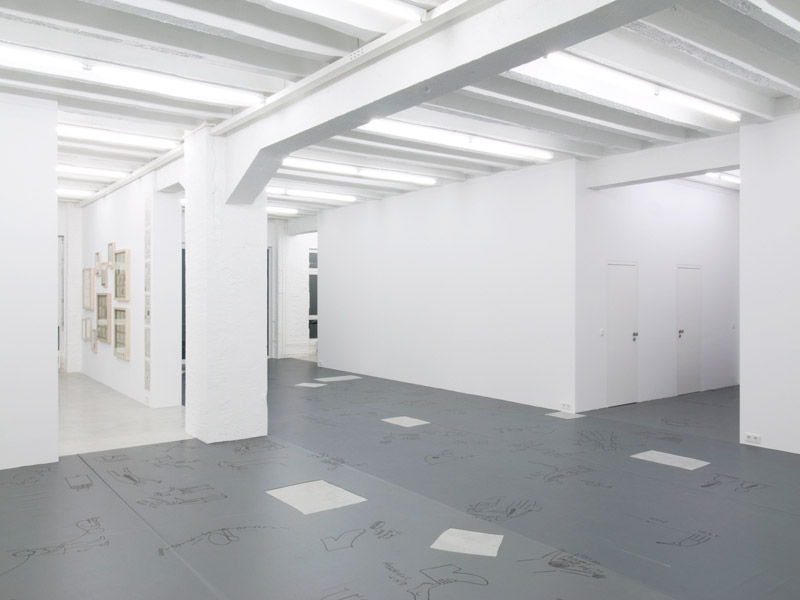 Dan Perjovschi: Stuff, exhibition view, Galerija Gregor Podnar, Berlin, 2008. Photo: Marcus Schneider