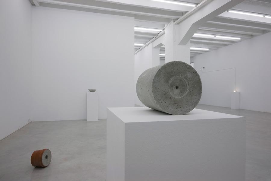 Goran Petercol: 15 Views of Glass, exhibition view, Galerija Gregor Podnar, Berlin, 2009. Photo: Marcus Schneider