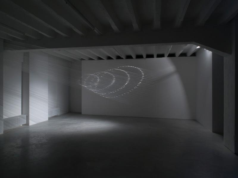 Tobias Putrih: Re-projection, exhibition view, Galerija Gregor Podnar, Berlin, 2008. Photo: Marcus Schneider