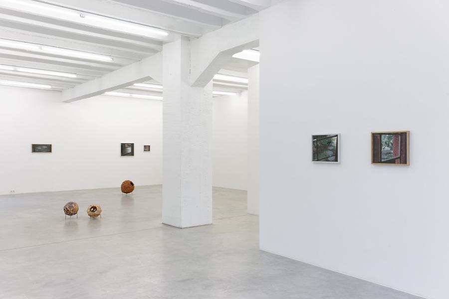 Ariel Schlesinger: Okazaki, exhibition view, Galerija Gregor Podnar, Berlin, 2014. Photo: Marcus Schneider