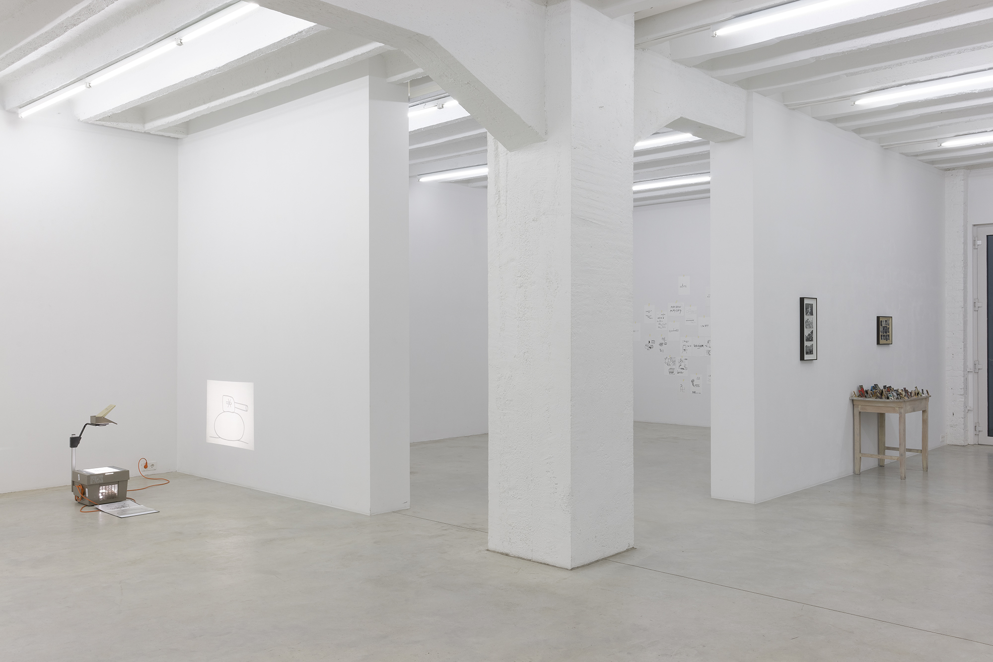 Dan Perjovschi: Need to Draw, exhibition view, Galerija Gregor Podnar, Berlin, 2014. Photo: Marcus Schneider