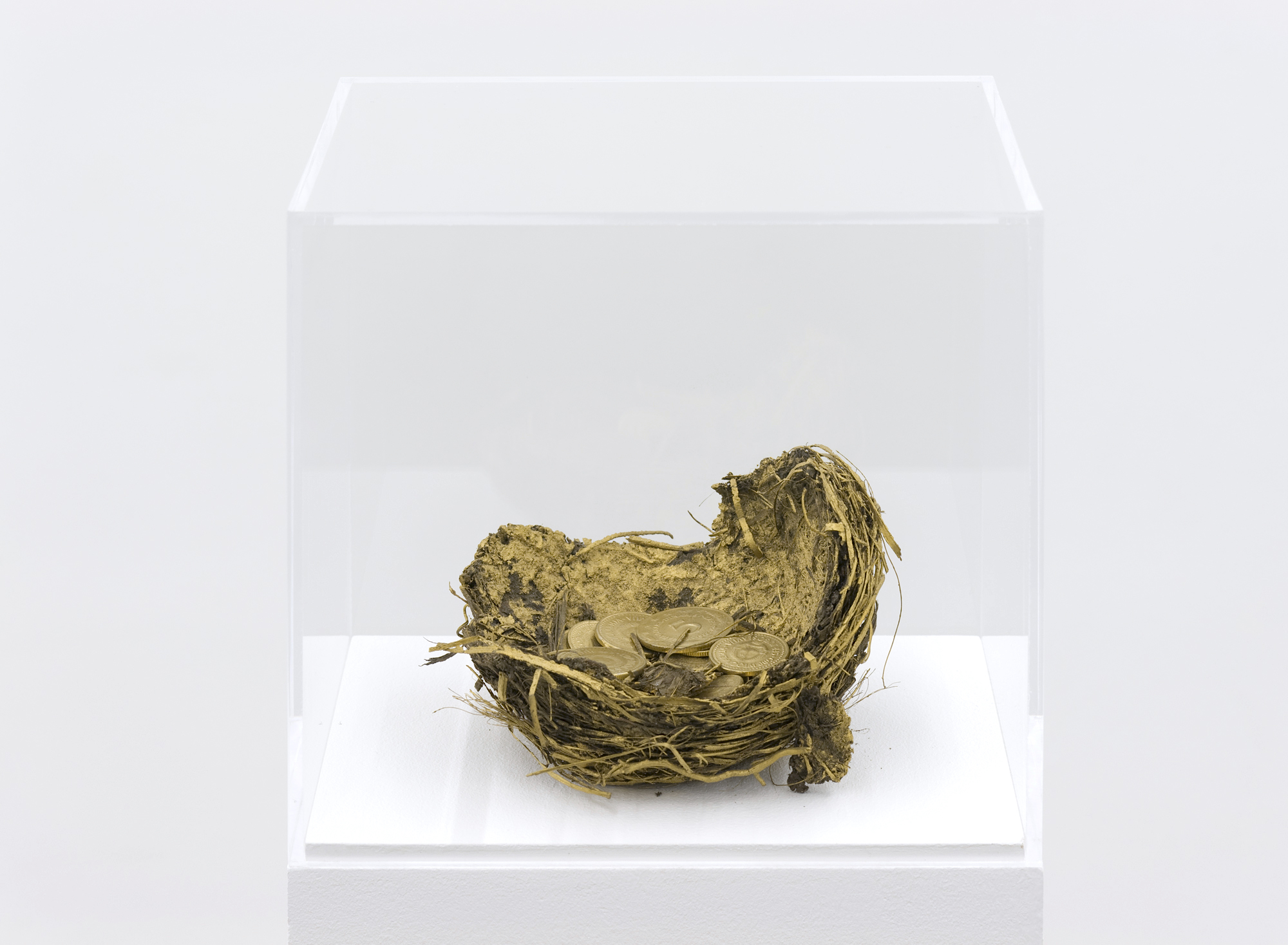 Untitled (Object 5), nest, golden paint, coins, 11 x 10.5 x 6.5 cm, ca. 1985
