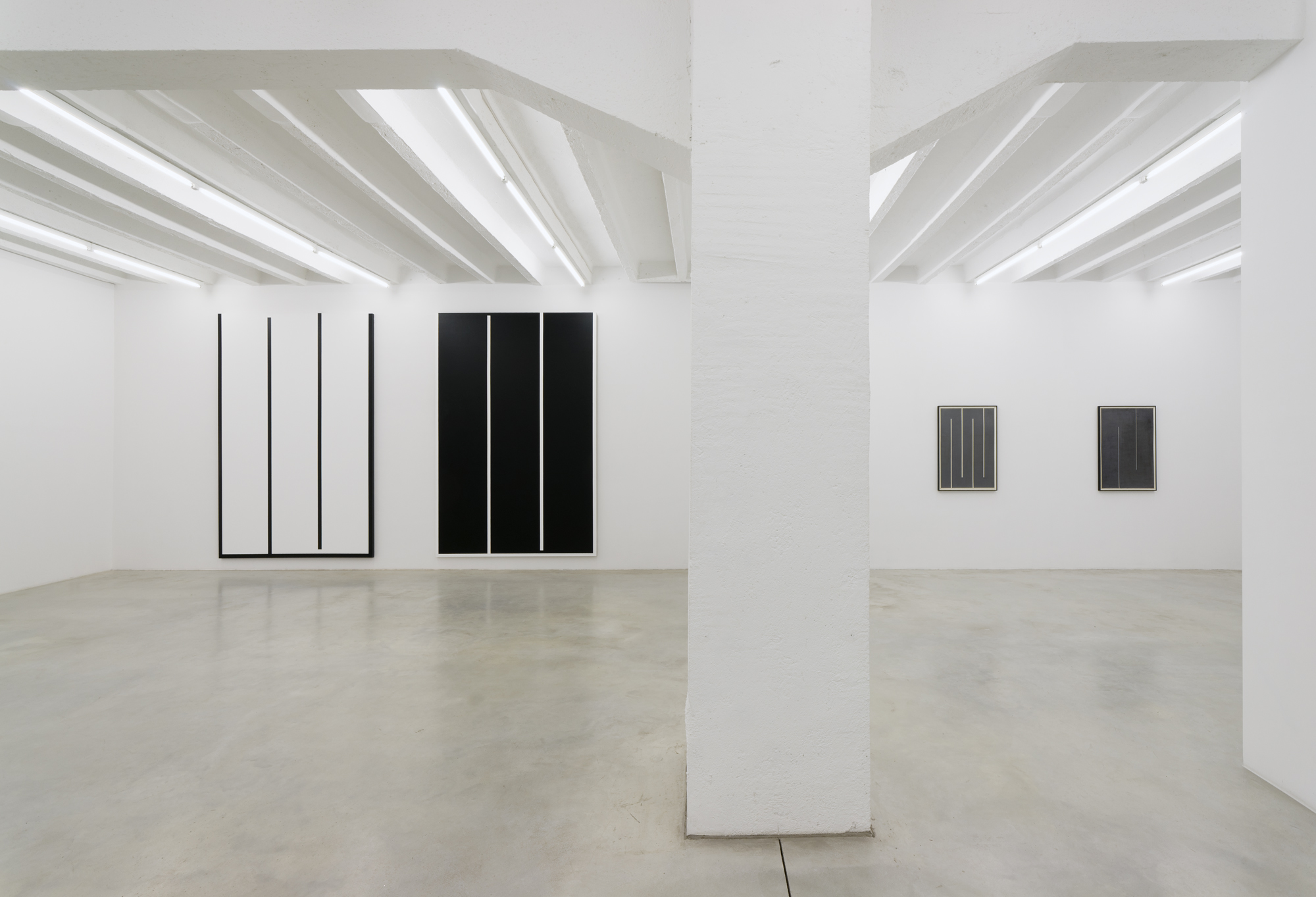 Julije Knifer, Elements, exhibition view, Galerija Gregor Podnar, Berlin, 2016. Photo: Marcus Schneider