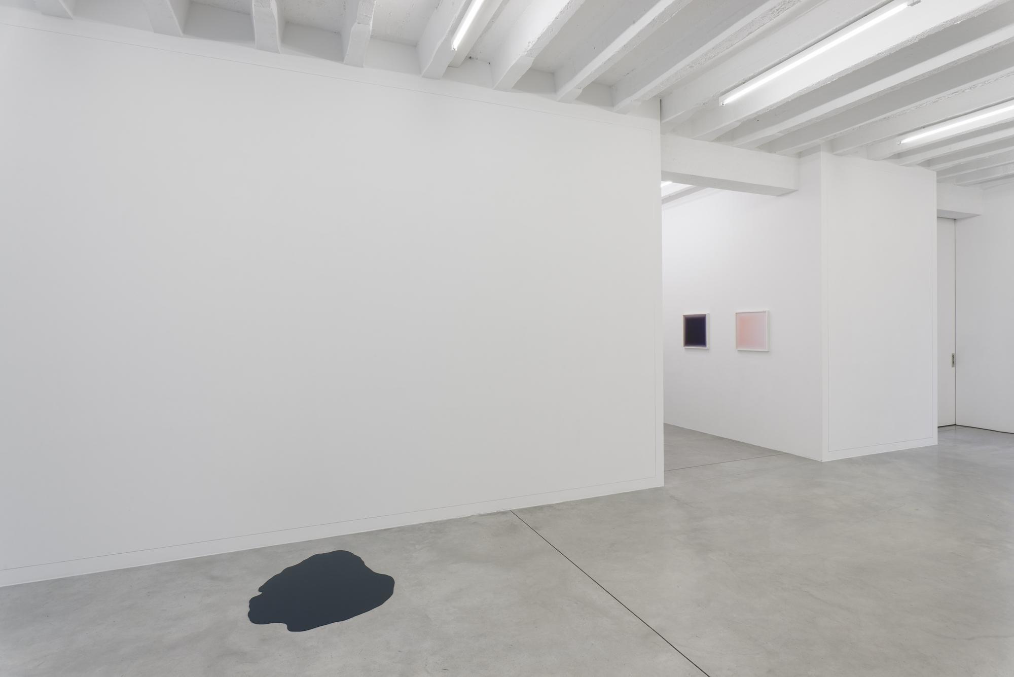 Alexander Gutke, Silver Lining, exhibition view, Galerija Gregor Podnar, Berlin, 2016. Photo: Marcus Schneider
