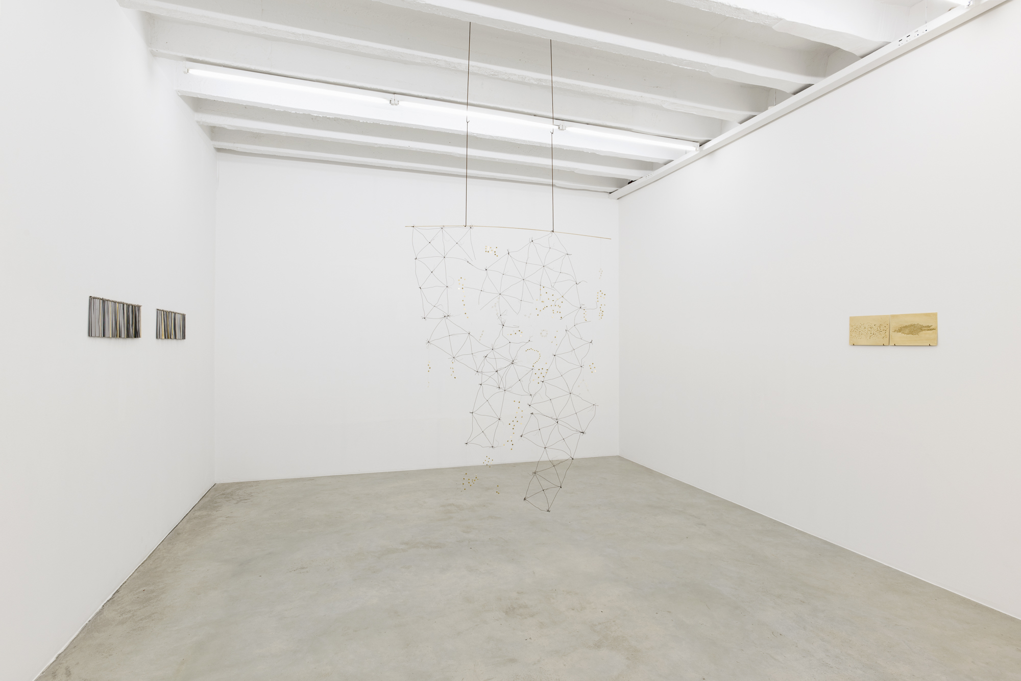 Iza Tarasewicz, Equilibrium in Meteors, exhibition view, Galerija Gregor Podnar, Berlin, 2018. Photo: Marcus Schneider